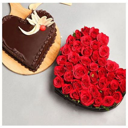 Roses with Cake in Heart