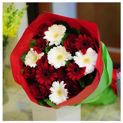 Red White Gerbera Bouquet